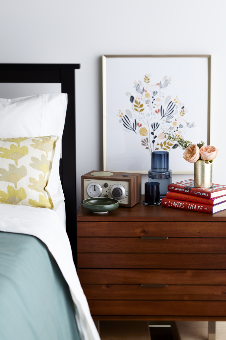 EG_100617_RH_Real_Simple_bedside_005