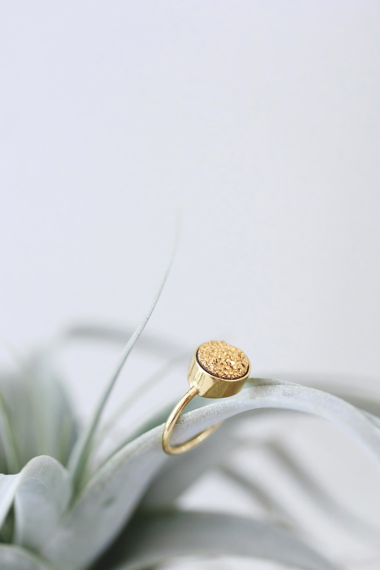 RB_Fantasia-ring-gold-stone-1
