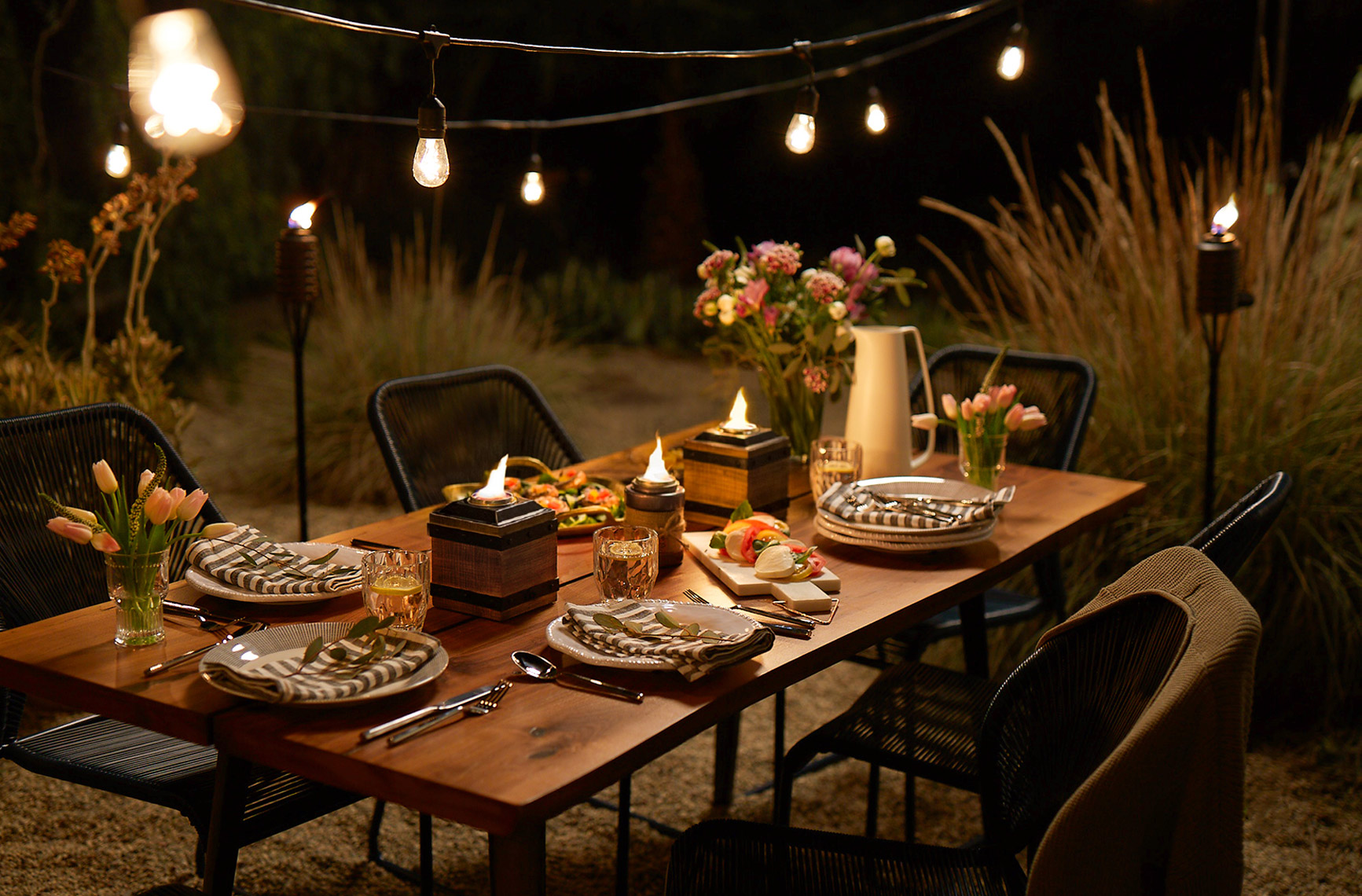 RB_PARTYPLAN_RUSTIC_GENCELEBRATE_MED_0325